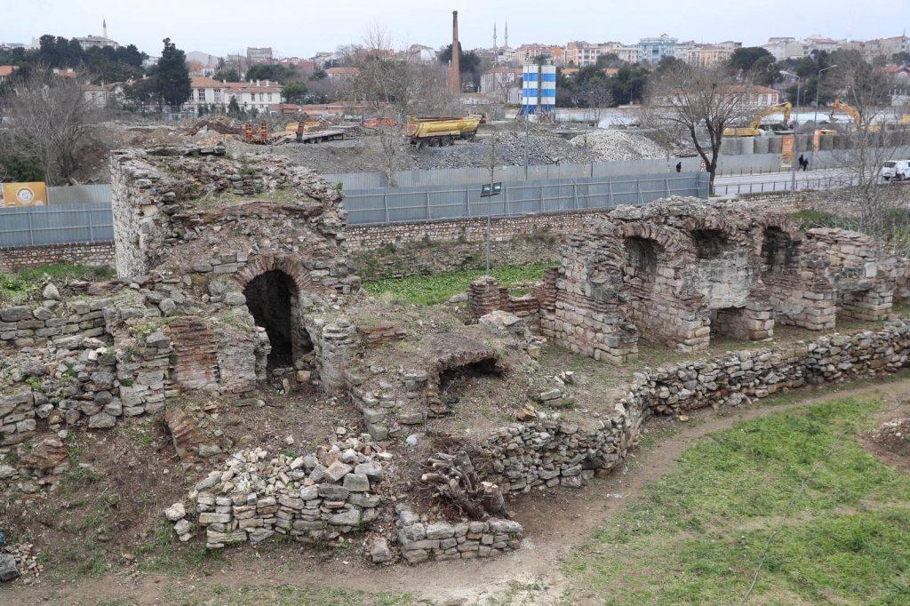 İstanbul Kara Surları