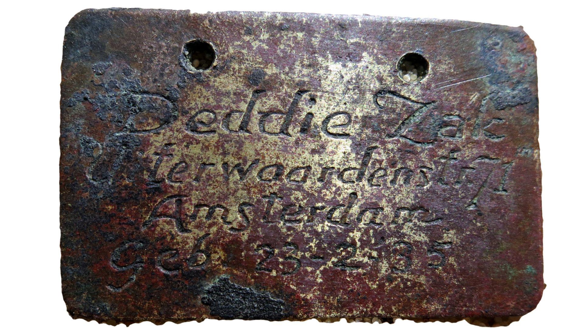 İsim etiketleri çocukların aileleri tarafından yaptırılmıştır.
