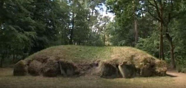 Polonya Piramitleri