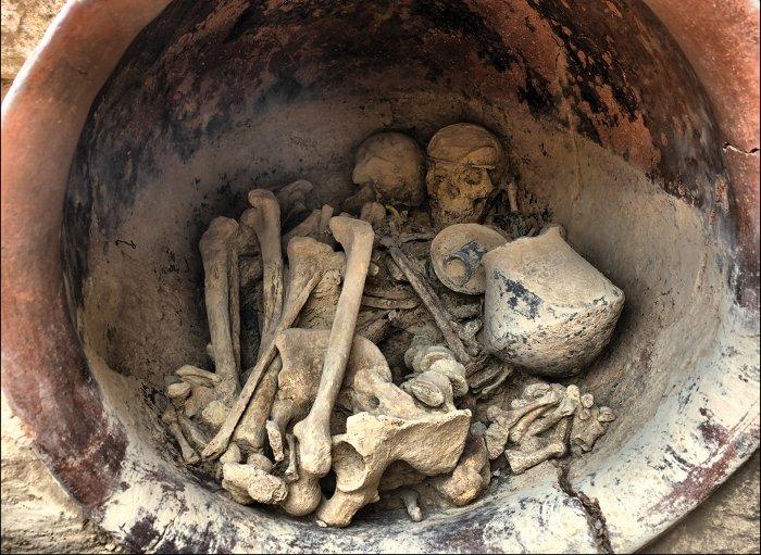 Mezar 38 olarak adlandırılan kraliçeye ait olduğu düşünülen mezar