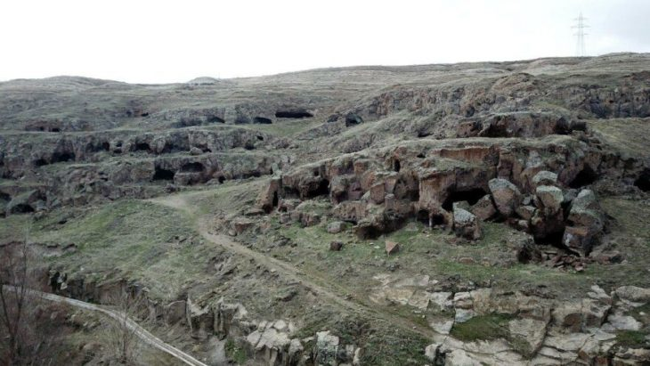 madavans mağaraları