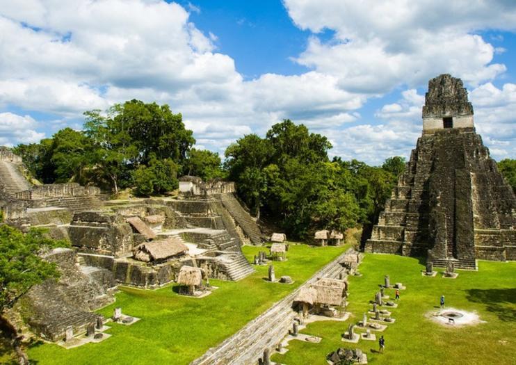 Tikal Milli Parkı