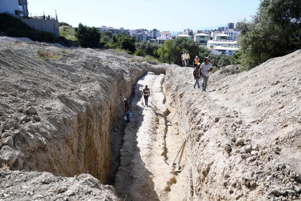 Efes Antik kentine su götüren 2000 yıllık Roma Dönemi su kanalı