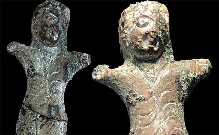 Sibirya'da bulunan küçük dansçı heykeli