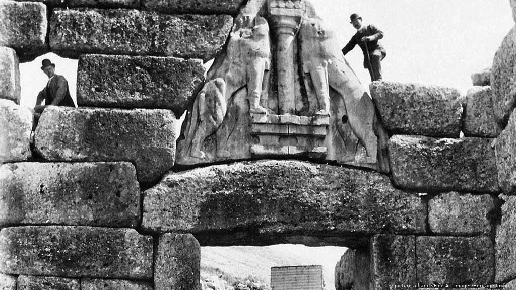 Troya kazıları Heinrich Schliemann