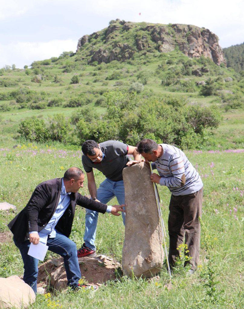 Erzurumda bulunan taşbaba heykeli