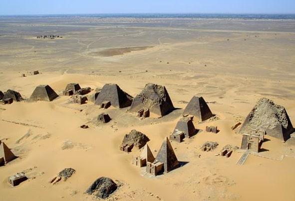 Sudan piramitleri