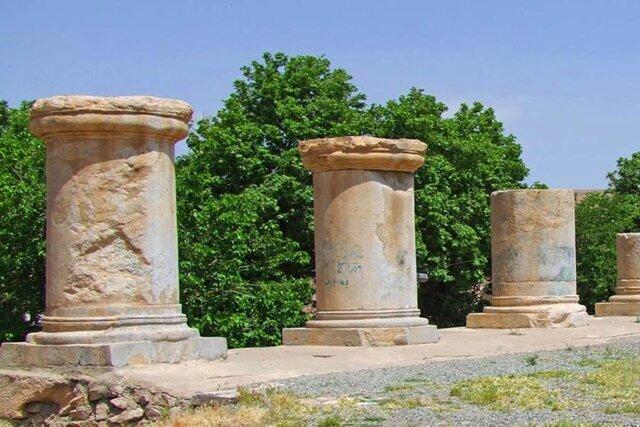 İran'ın batısındaki Kangavar şehrinde bulunan antik Anahita tapınağının restorasyon projesine başlandı