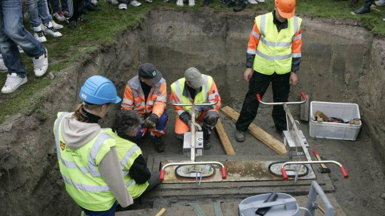 Viking ailesine ait iki iskelet bulundu