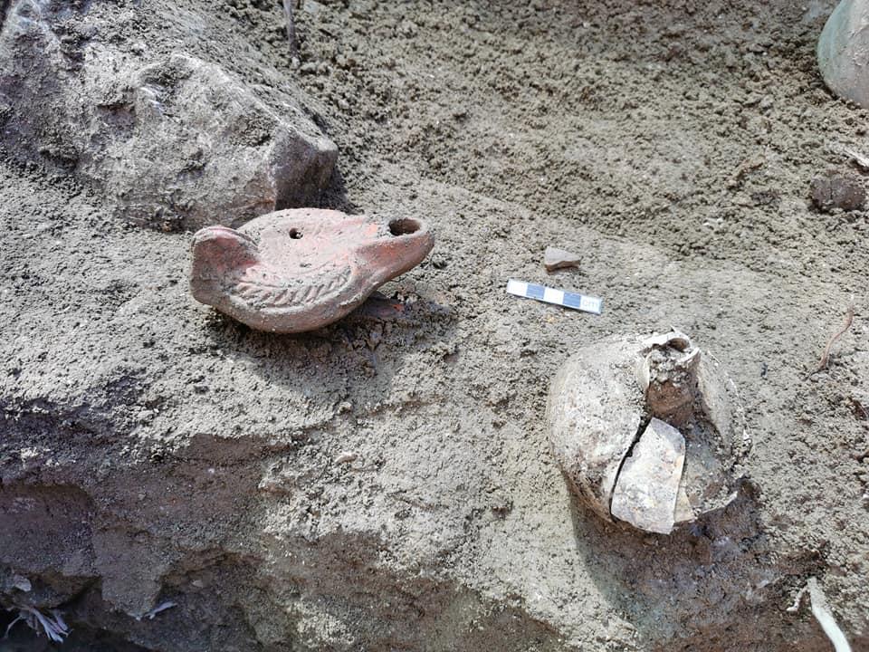 nekropola-hvar-2-