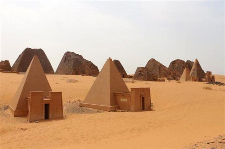 Sudan piramitleri kush