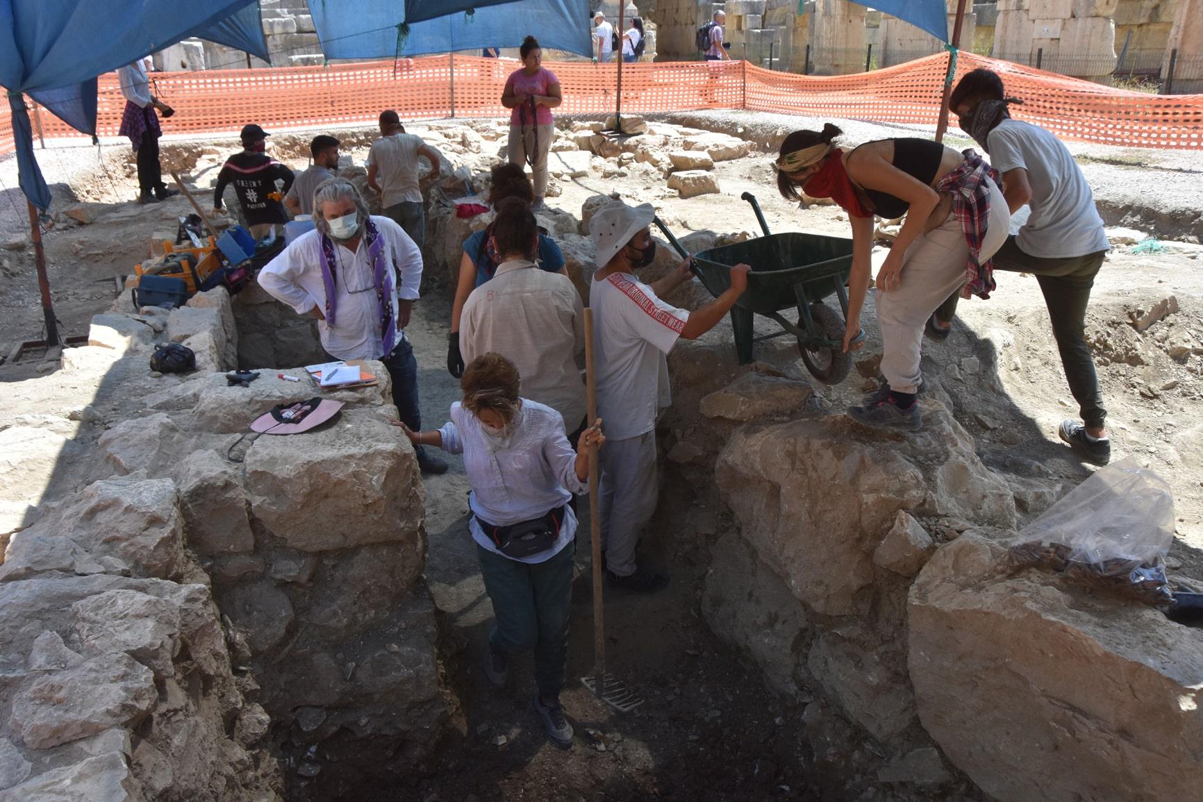 Myra-Andriake Antik Kenti kazı çalışmaları