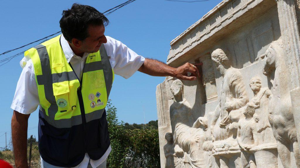 Ondokuz Mayıs Üniversitesi Fen Edebiyat Fakültesi Arkeoloji Bölümü Başkanı ve Parion Antik Kenti kazı başkanı Prof. Dr. Vedat Keleş Fotoğraf: DHA
