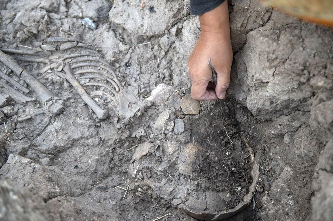 Tozkoparan Höyük kazılarında çocuk iskeleti ortaya çıkarıldı Fotoğraf AA