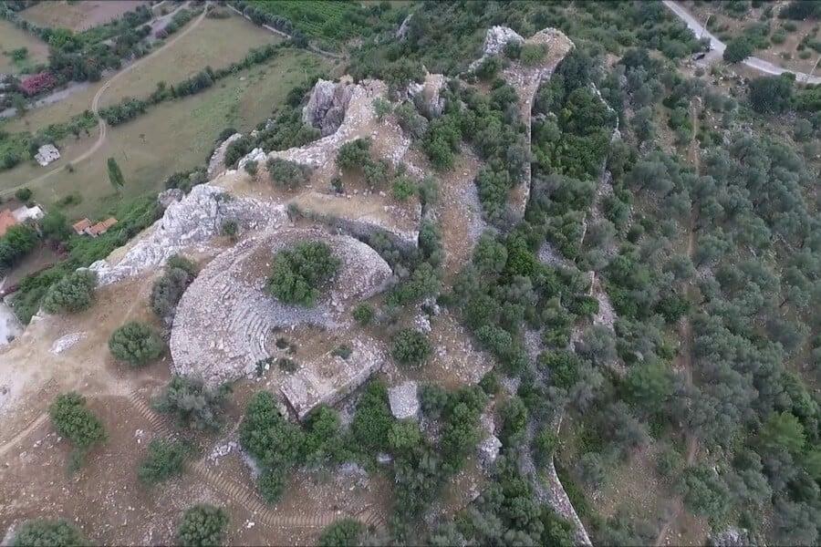 Amos Antik Kenti