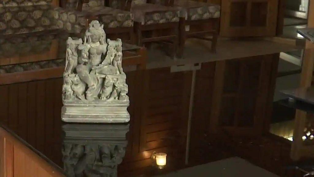 Tanrıça-Durga_nın-heykeli