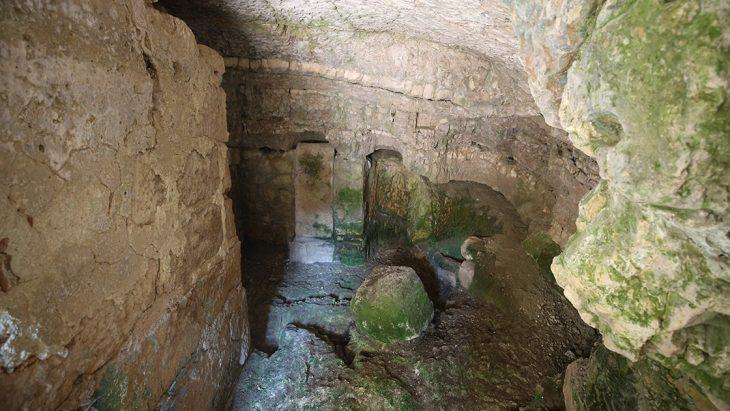 """Miletos'un """"Kutsal Mağarası"""" ziyarete açıldı. Fotoğraf Ferdi Uzun/AA"""